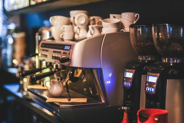 Automatic Espresso Machine Explained in Fewer than 140 Characters